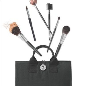 Make-up Brush Set w/removable cosmetic bag